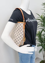 Load image into Gallery viewer, Louis Vuitton Damier Azur Delightful PM