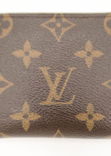 Load image into Gallery viewer, Louis Vuitton Monogram Compact Zippy Wallet