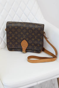 Louis Vuitton Catouchiere