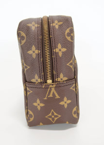 Louis Vuitton Monogram Toiletry 28