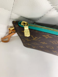 Louis Vuitton Monogram w Turquoise Neverfull Pouch