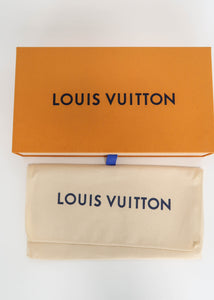 Louis Vuitton Monogram with Pink Zippy Wallet