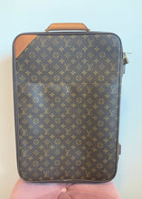 Load image into Gallery viewer, Louis Vuitton Monogram Pegase 55 Suitcase