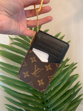 Load image into Gallery viewer, Louis Vuitton Rect Verso Card Holder