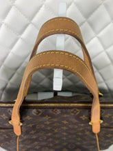 Load image into Gallery viewer, Louis Vuitton Monogram Totally MM