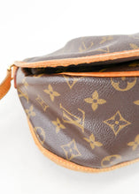 Load image into Gallery viewer, Louis Vuitton Monogram Menilmontant MM