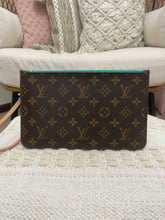 Load image into Gallery viewer, Louis Vuitton Monogram Neverfull Pochette w/ Turquoise