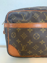 Load image into Gallery viewer, Louis Vuitton Monogram Compiegne 28