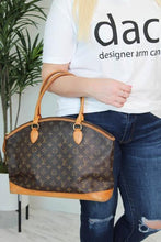Load image into Gallery viewer, Louis Vuitton Monogram Lock It