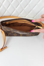 Load image into Gallery viewer, Louis Vuitton Monogram Trotteur Crossobdy