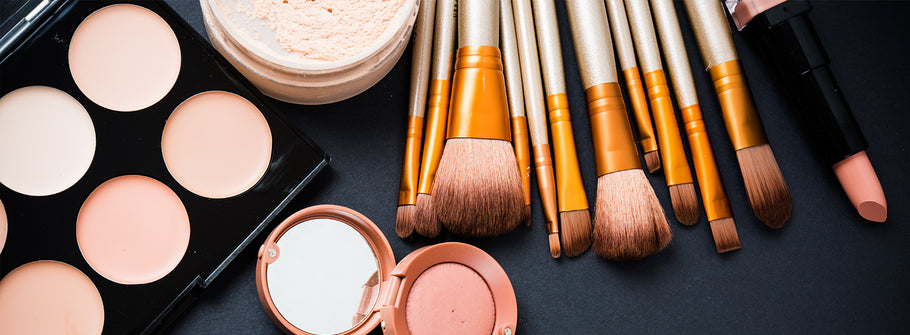5 Must-Have Makeup Tools