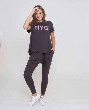 NYC Tee in Dark Grey