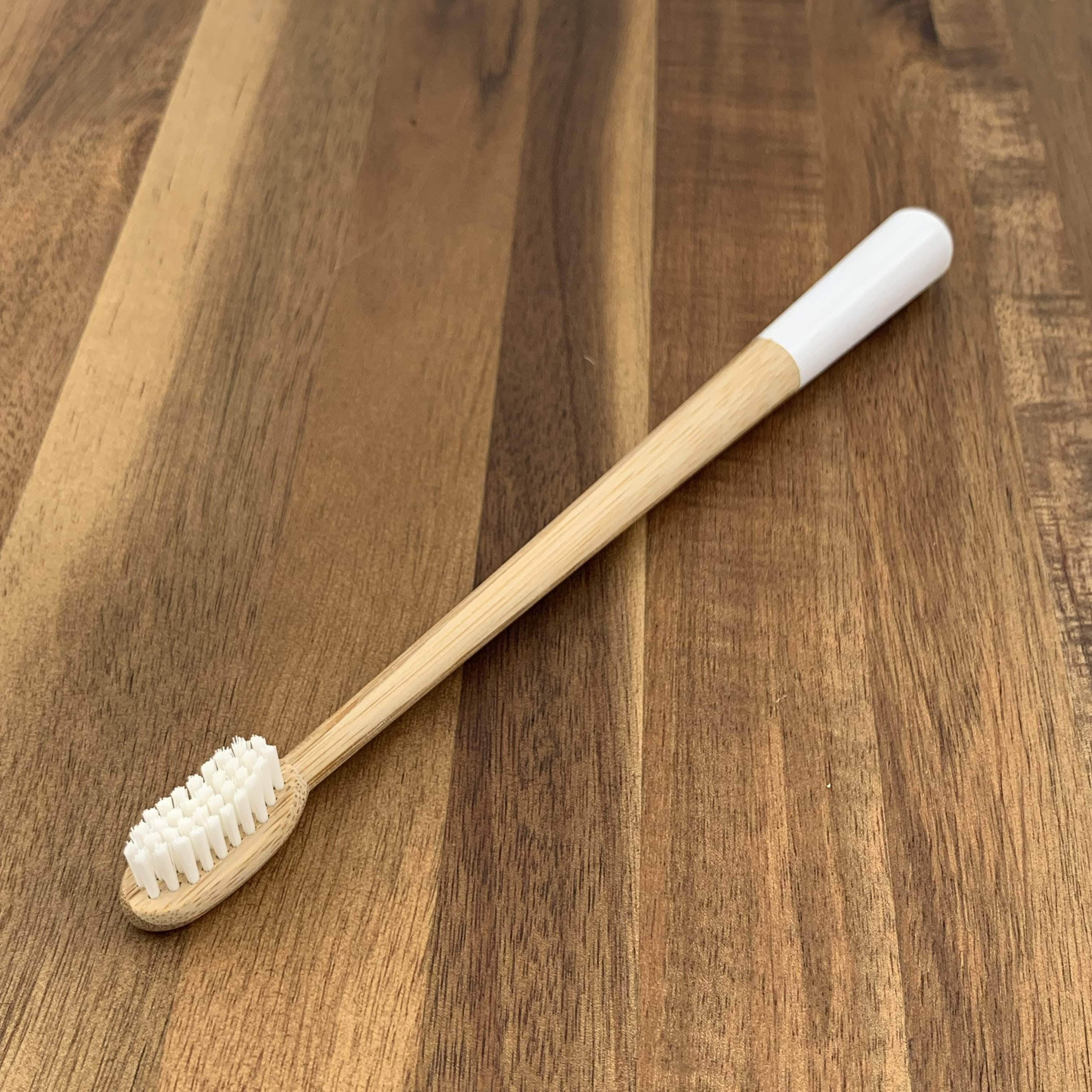 EcoBrushEarth™ Bundle of 10 - White Drop Brush