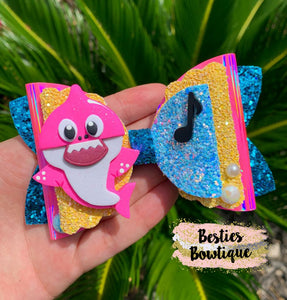 "Pink Shark 4.5"" Glitter Bow with Clay Center"