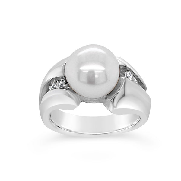 Vanilla Pearl & Diamond Ring