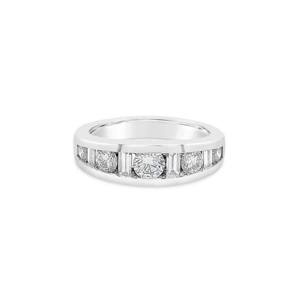 Round & Baguette Diamond Wedding Band