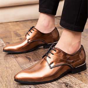 Men's vintage pointed leather shoes