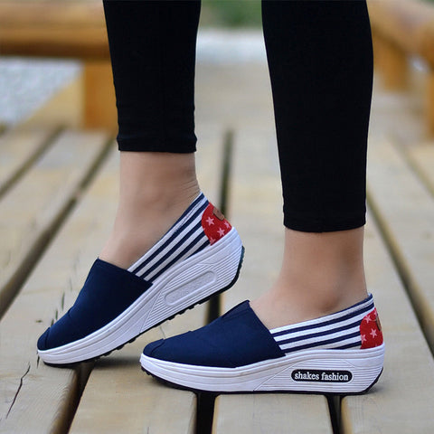 2019 Women Sneakers Casual Wedges Loafers Female Slip On Print Platform Shoes Round Toe Height Increasing Shoes Drop Shopping - shoescraze