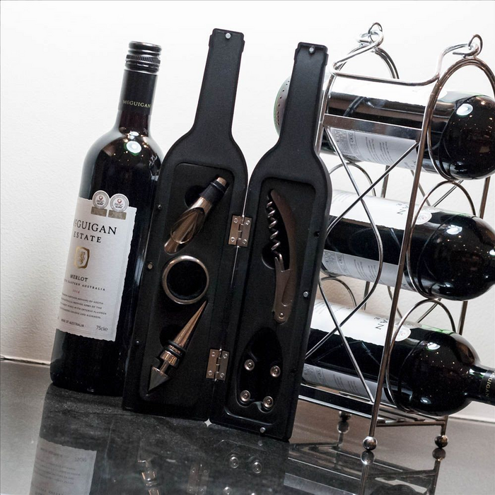 Wine Bottle Accessory, Set The wine gadget set in a bottle