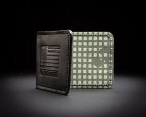WALLET, leather and desert night camo inside,