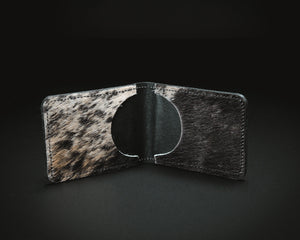 Cowhide wallet with black leather external,