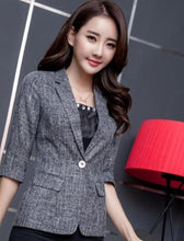 Load image into Gallery viewer, Womens Quarter Sleeve Single Button Blazer