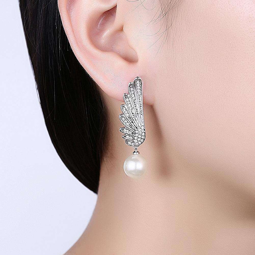 Christmas Pearl Earrings Dripping Oil White/Platinum Plating