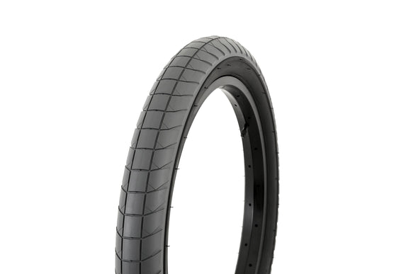 FLY FUEGO TYRE 2.30 £29.99