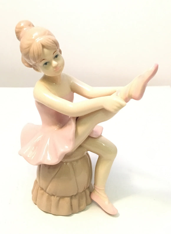 Sitting Cute Ballerina Figurine With Pink Dress Statue