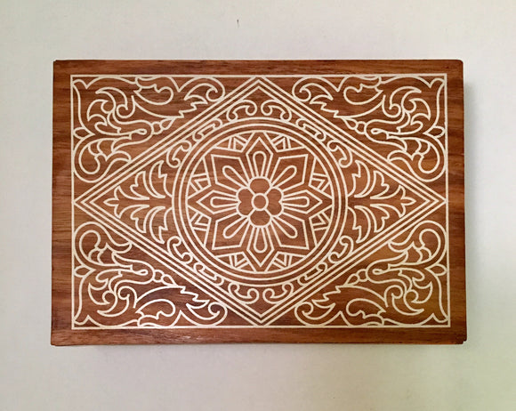 Engraved Wooden White Design Jewelry Trinket Box