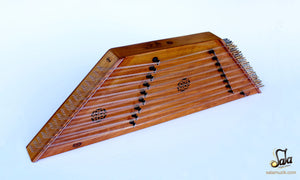 side of the santoor