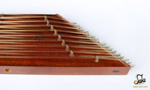 Santoor With Hard Case NAS-202 close-up