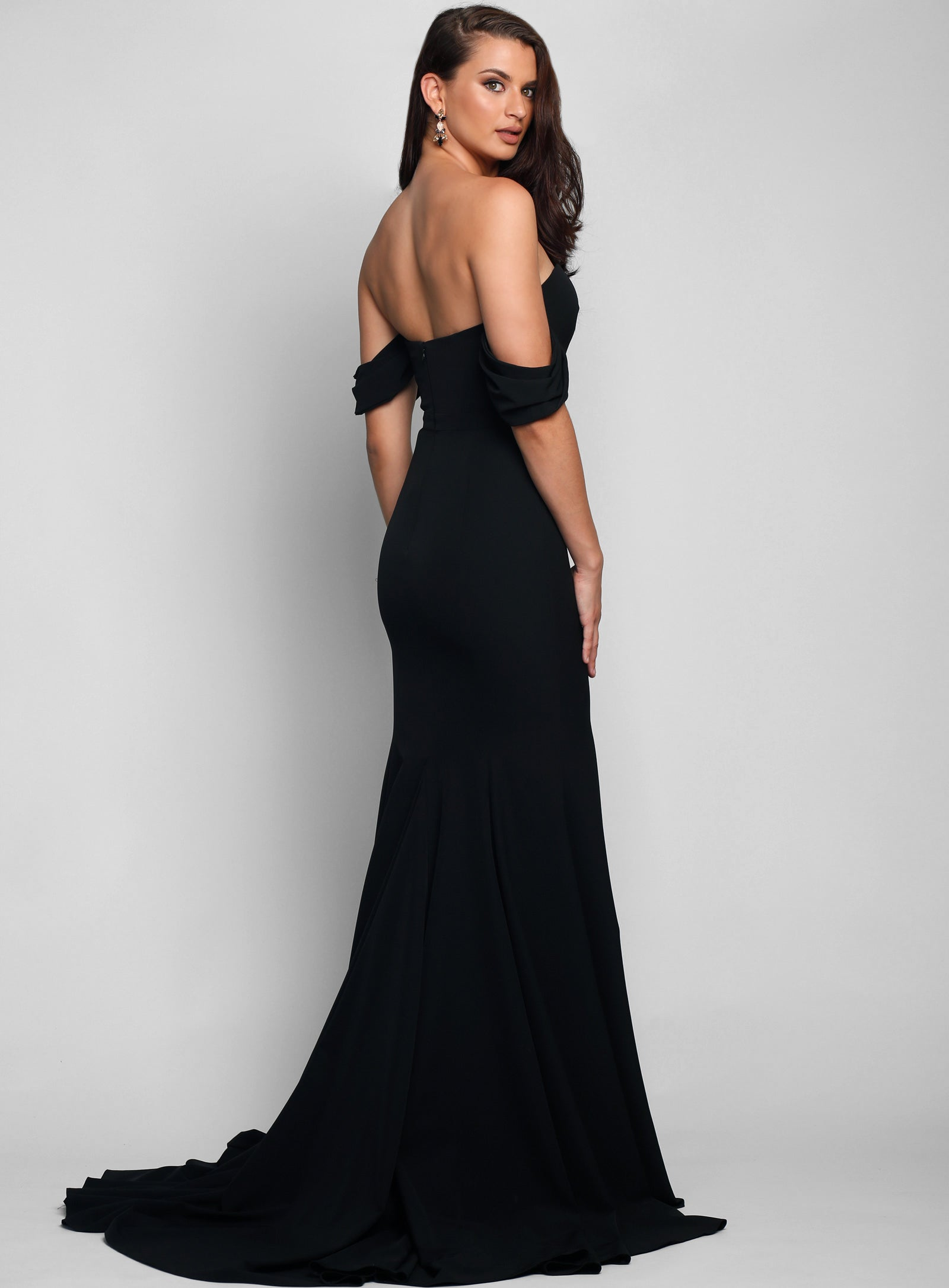 Amira Detachable Sleeve Gown