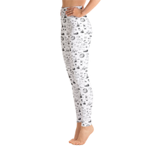 Load image into Gallery viewer, Comet adventure yoga leggings black and white