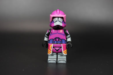 AV Phase 2 Commander Doom (Pink Exclusive) (Ready to Go!)