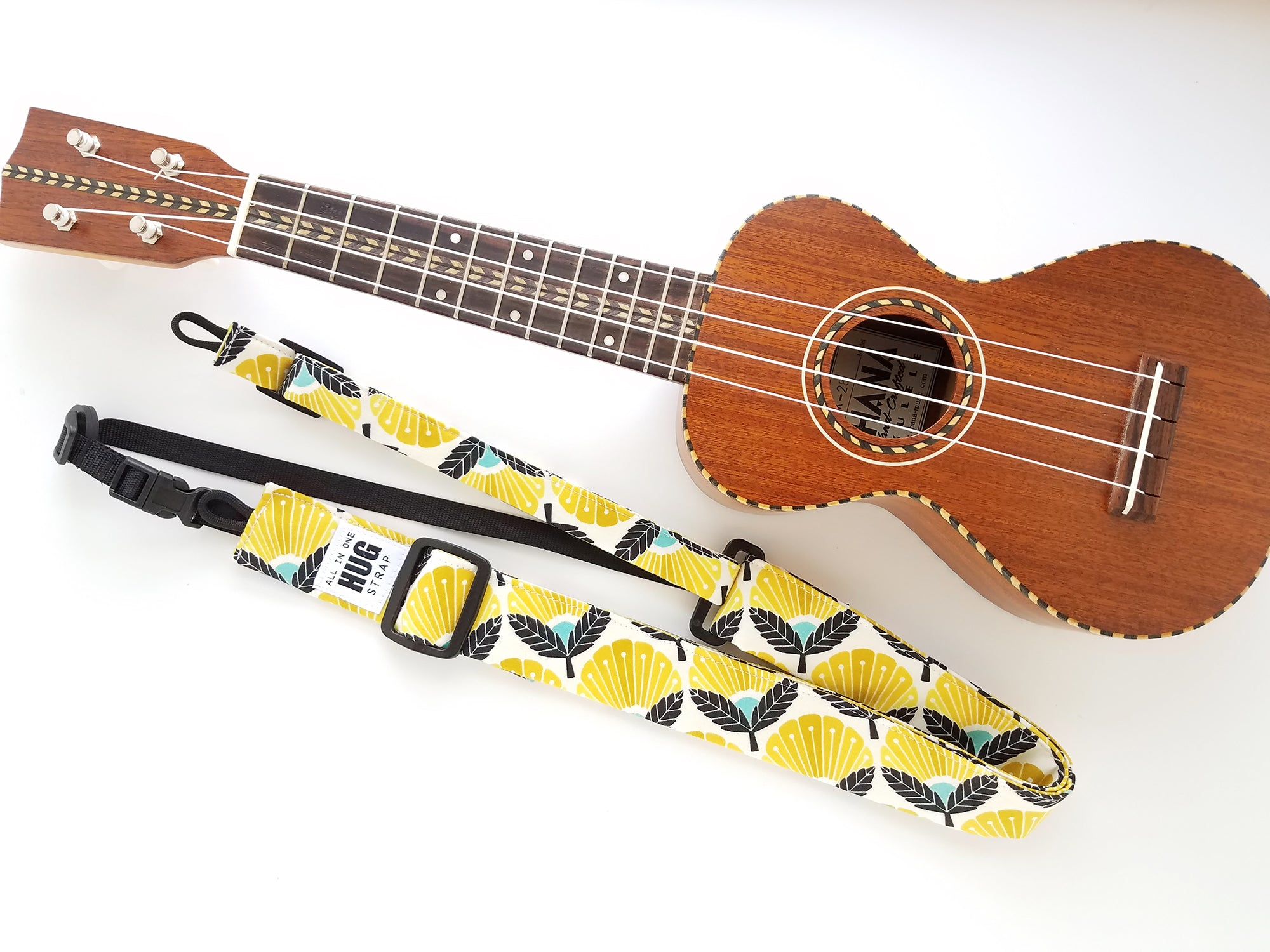 Ukulele Strap ALL in ONE Hug - Blooming Daisy