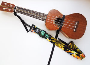 Hug Strap for Ukulele - Hawaiian Ferns on Black