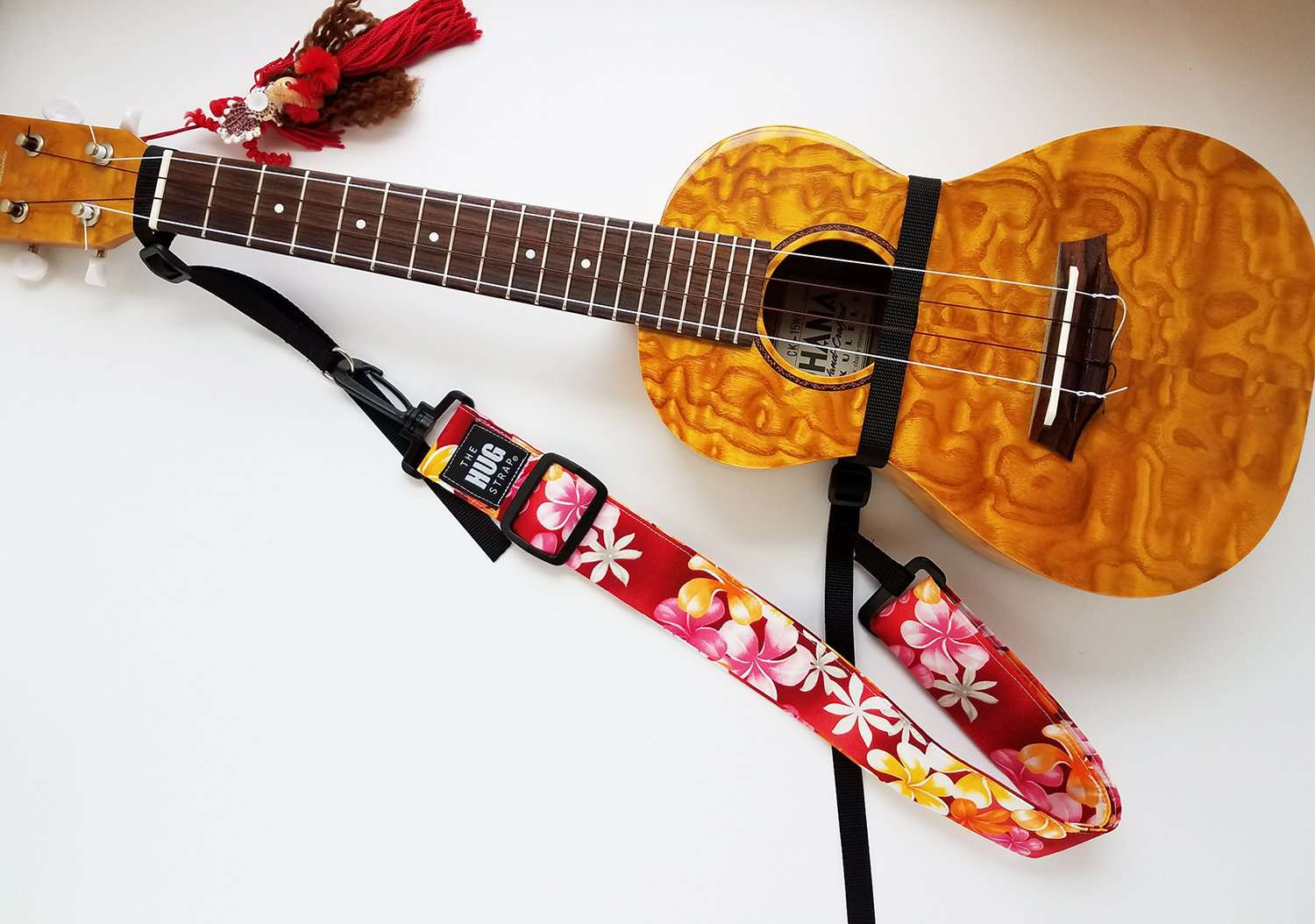 Hug Strap for Ukulele Plumeria on Red