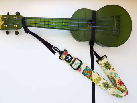 Hug Strap for Ukulele Peacock Floral