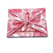 Load image into Gallery viewer, HELLO SNOWLGLOBE Reusable Gift Wrap - Pretty in Pink