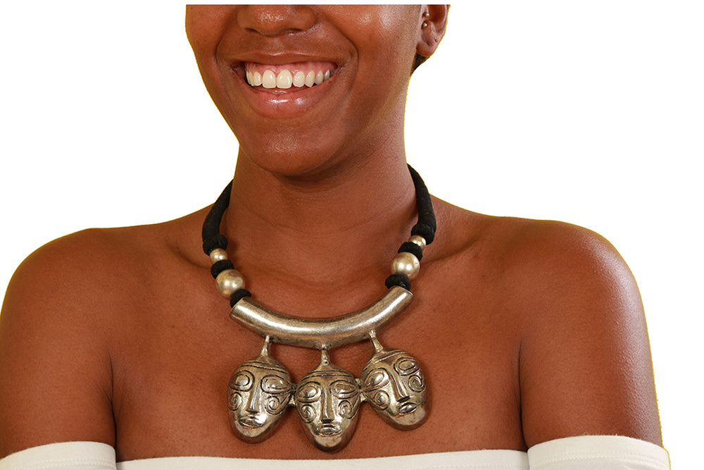 Mother Daughter And The Ancestor Silver Mask Necklace - Accessories Nolafrique Accessories Necklace