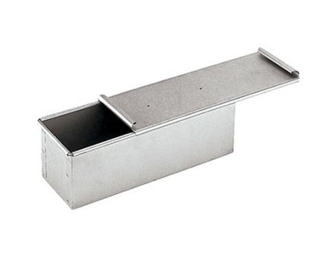 Paderno World Cuisine 41750 Aluminized Steel Bread Pan with Cover - FoodEquipmentDirect