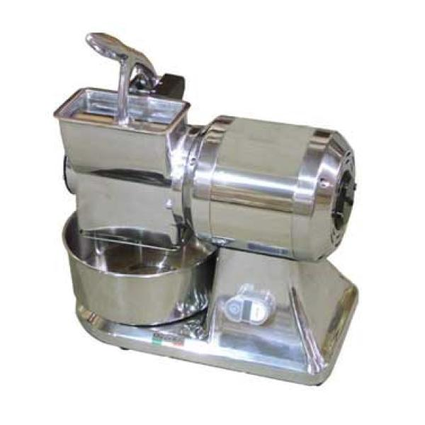 "<img src=""https://cdn.shopify.com/s/files/1/0084/6109/0875/products/FGSM10_2.jpg?v=1572108620"" alt=""Omcan Cheese Grater"">"