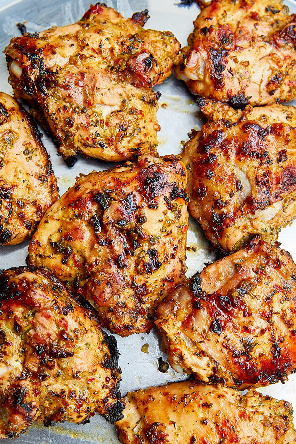 Poultry - Chicken Thighs Bone-In Skin-On Free-Range Ontario 1lb