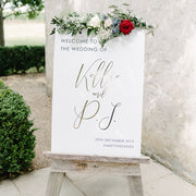 Beautiful wedding welcome sign with gold foil