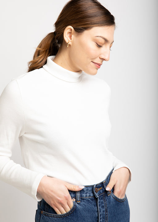 Lili white Turtleneck Shirt