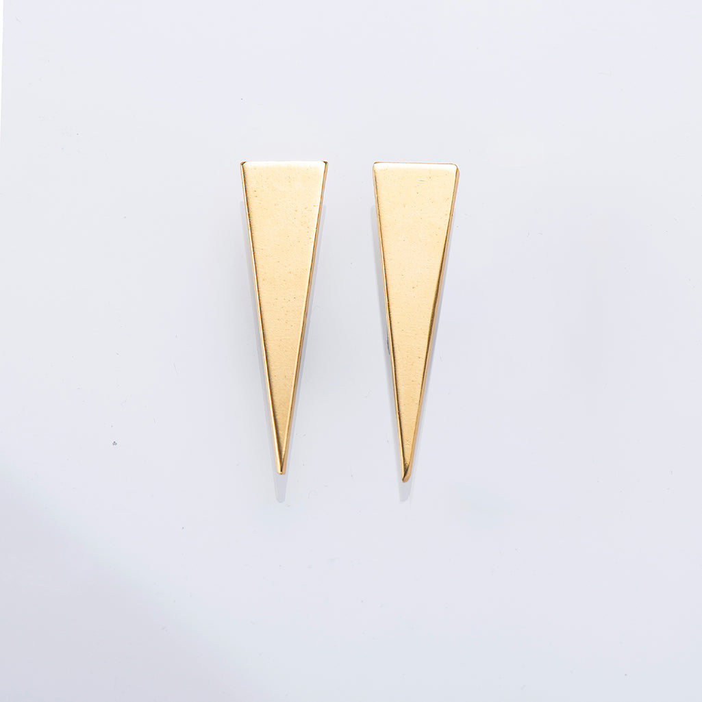 FEMI S – SHORT GOLD-PLATED TRIANGLE EARRINGS