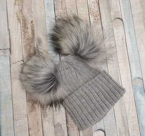 Thick knitted grey double pom pom hat