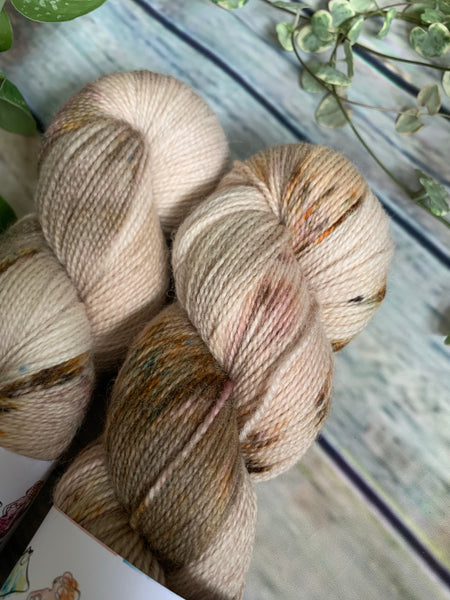 Brownstone - Corriedale 4ply