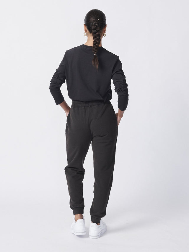 Essential Track Pant Washed Black